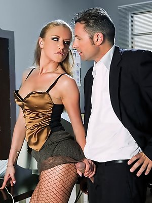 Hot Gilda is horny at work and fucks her boss